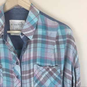 Free People long sleeve blue button-down sz small